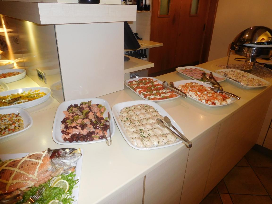51 Uitgebreid saladebuffet